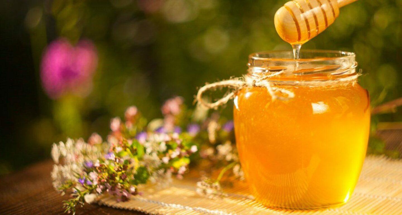 كيفية استعمال العسل الملكي