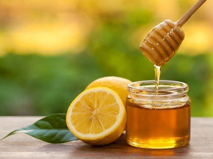 وصفة العسل والليمون للحلق