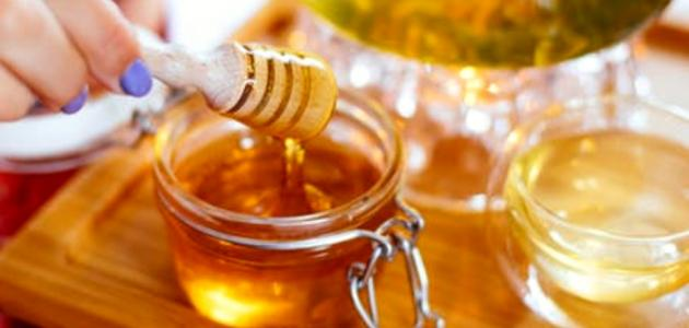 فوائد العسل للبشرة الدهنية الحساسة