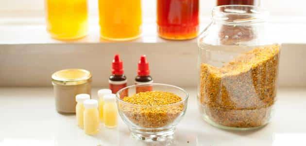مقادير خلط حبوب اللقاح مع العسل للبشرة